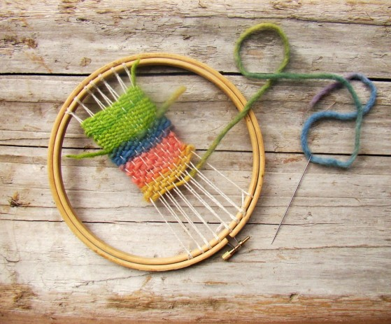 embroidery-hoop-weaving1-1024x849